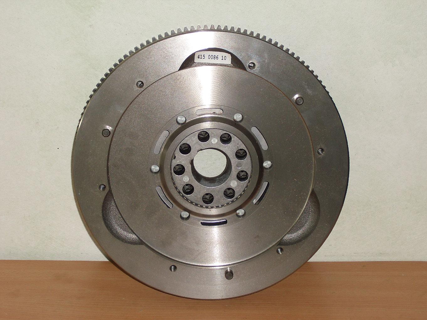 LUK 415 0659 10 Transmission Dual Mass Flywheel DMF Replacement Mercedes-Benz
